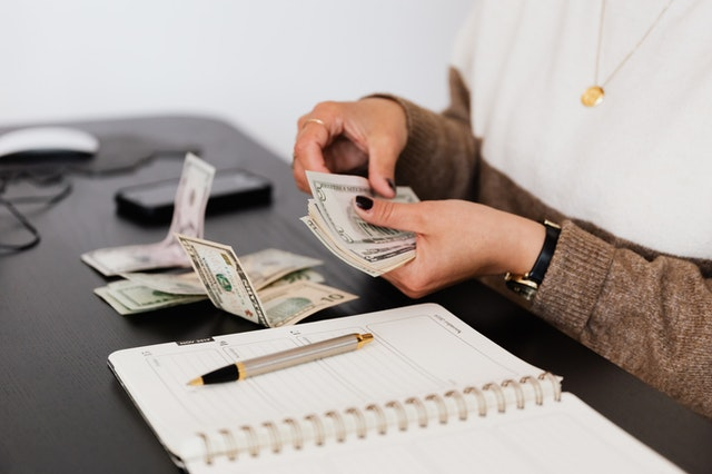 Go Extra: 5 Ways To Earn Extra Cash During Lockdown